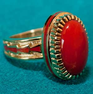 Solid 18K Gold Coral Ring